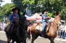 08-05-11-desfile-rodeio-itapolis_20