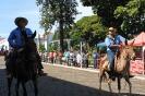 08-05-11-desfile-rodeio-itapolis_23